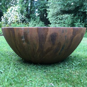 container pond in textured Rust finish